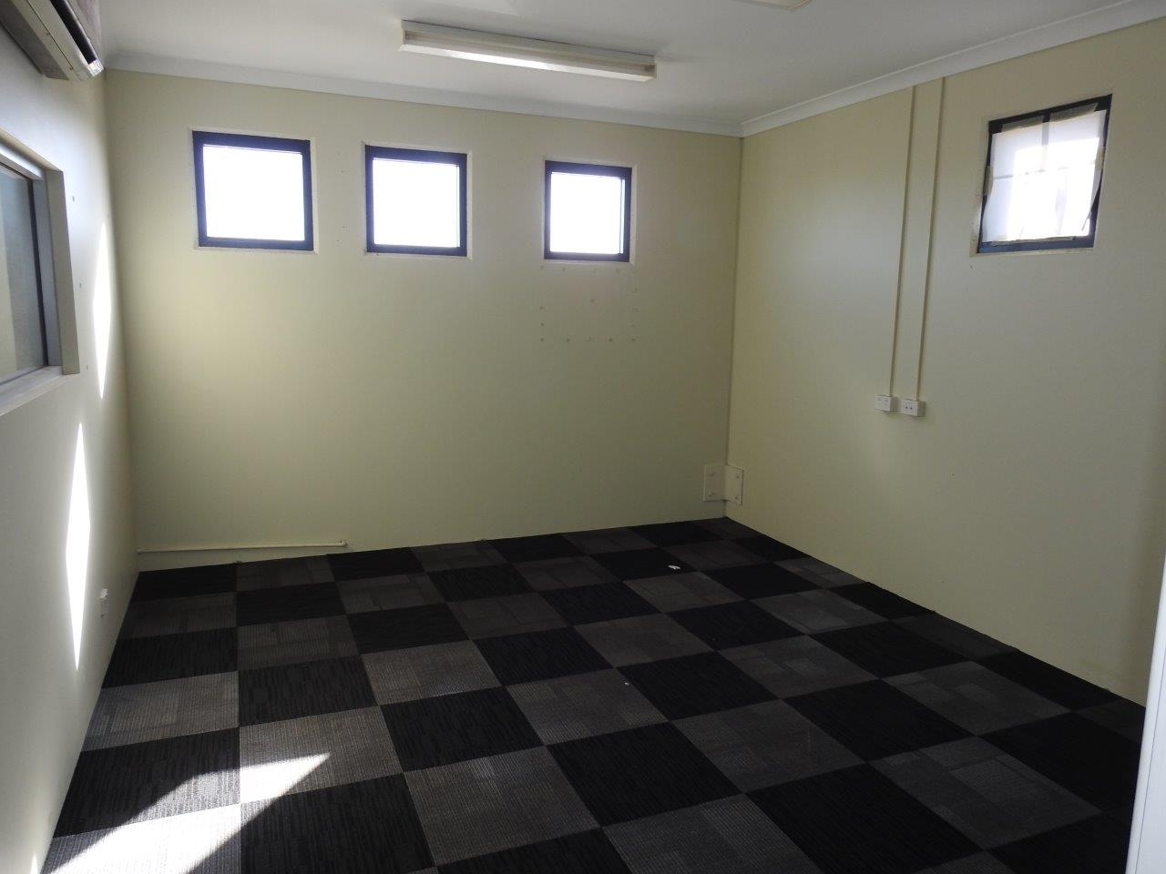 PropertyImage18