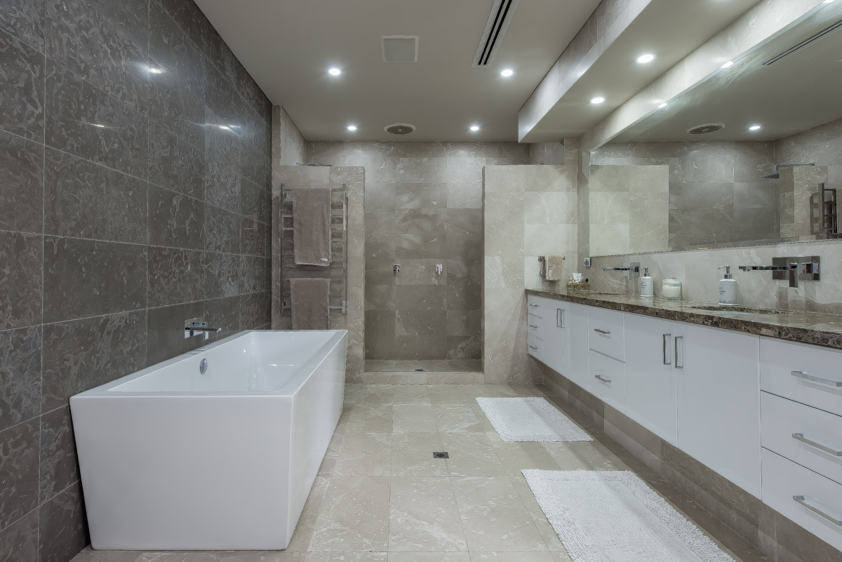 PropertyImage38