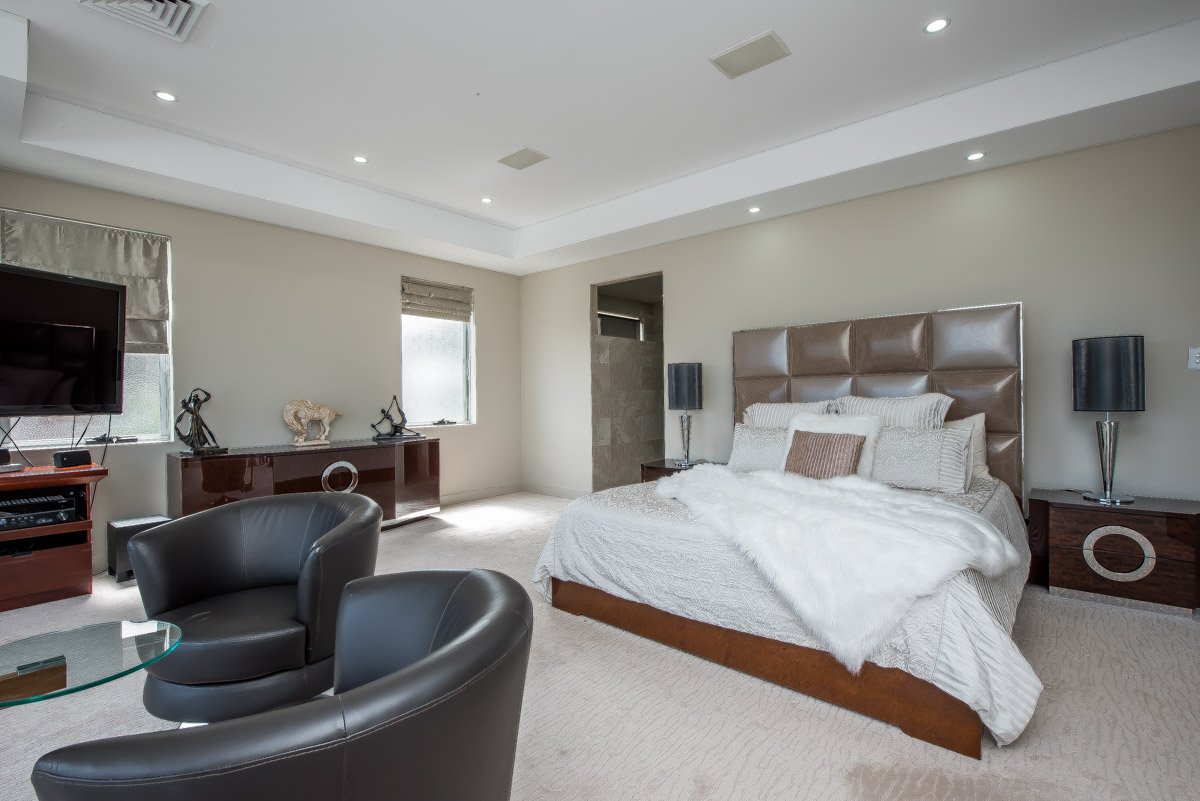 PropertyImage35