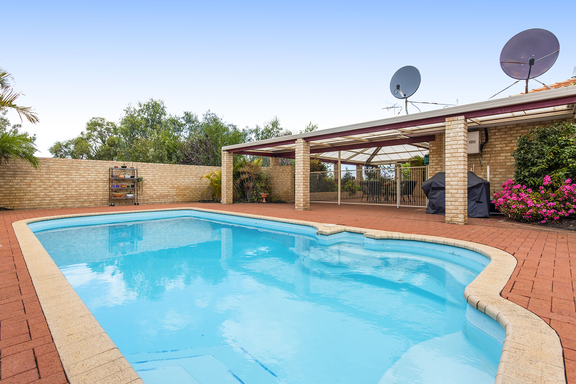 Property for sale in CANNING VALE, 2 Protea Place : Attree Real Estate