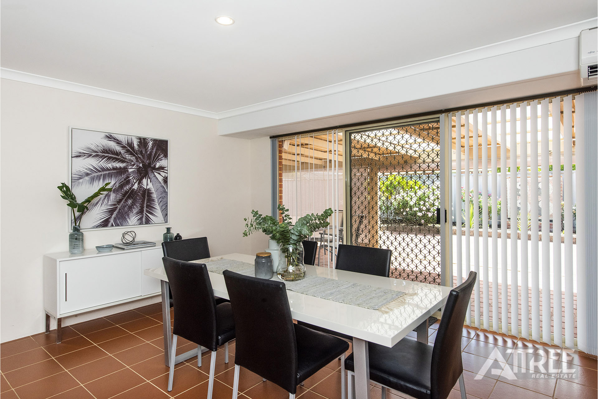 Property for sale in THORNLIE, 5 Myrtle Court : Attree Real Estate