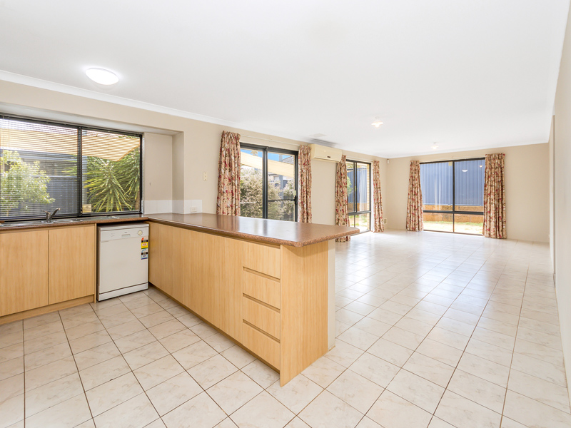 Property for rent in BYFORD, 70 Plaistowe Boulevard : Attree Real Estate
