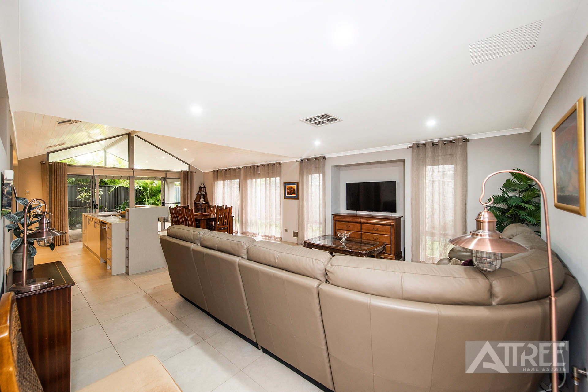 Property for sale in HARRISDALE, 30 Lauraine Drive : Attree Real Estate