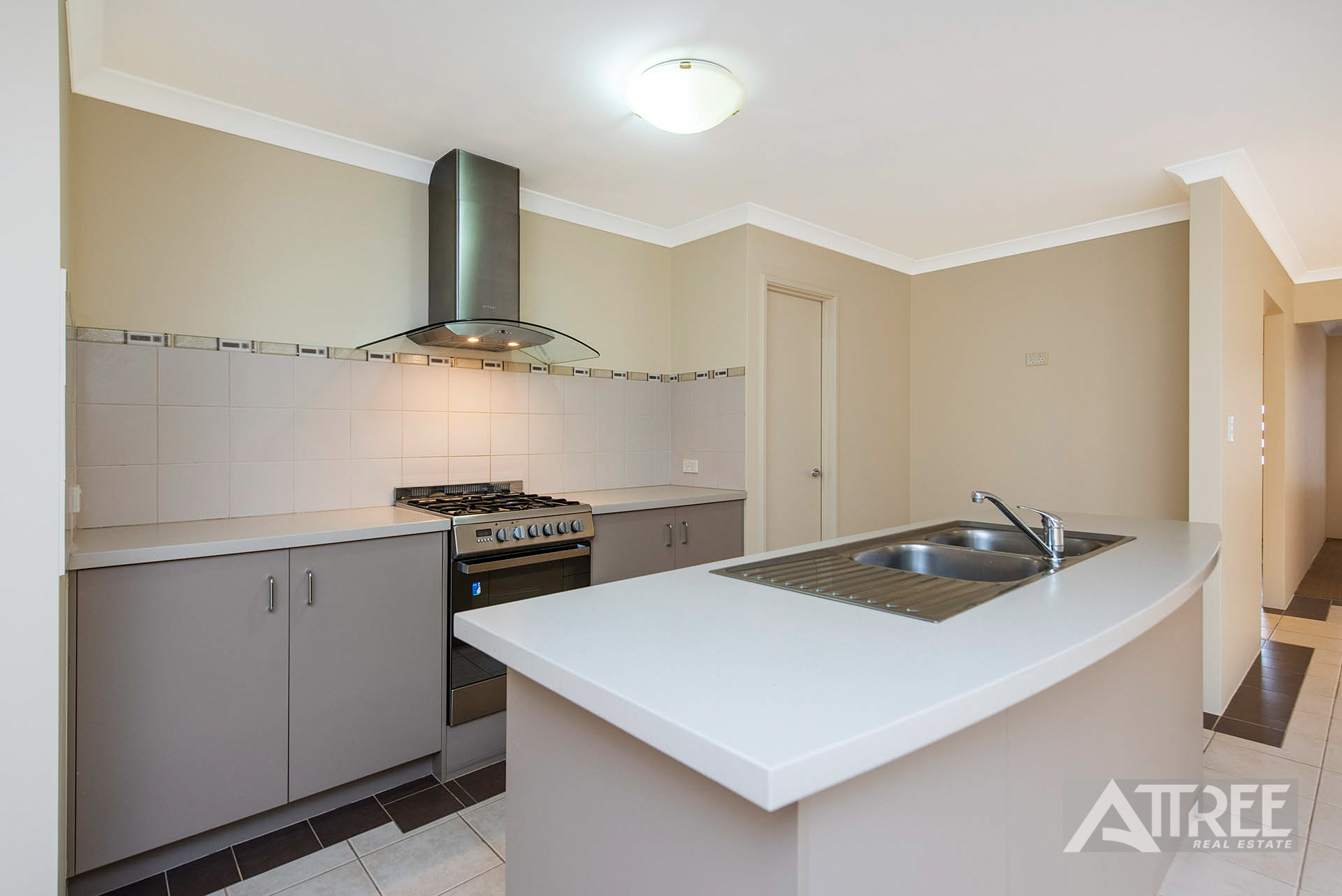 Property for sale in CANNING VALE, 78 Comrie Road : Attree Real Estate