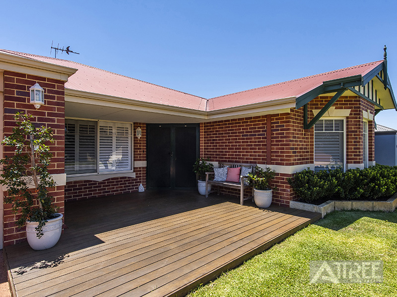 Property for sale in CANNING VALE, 23 Dupont Way : Attree Real Estate