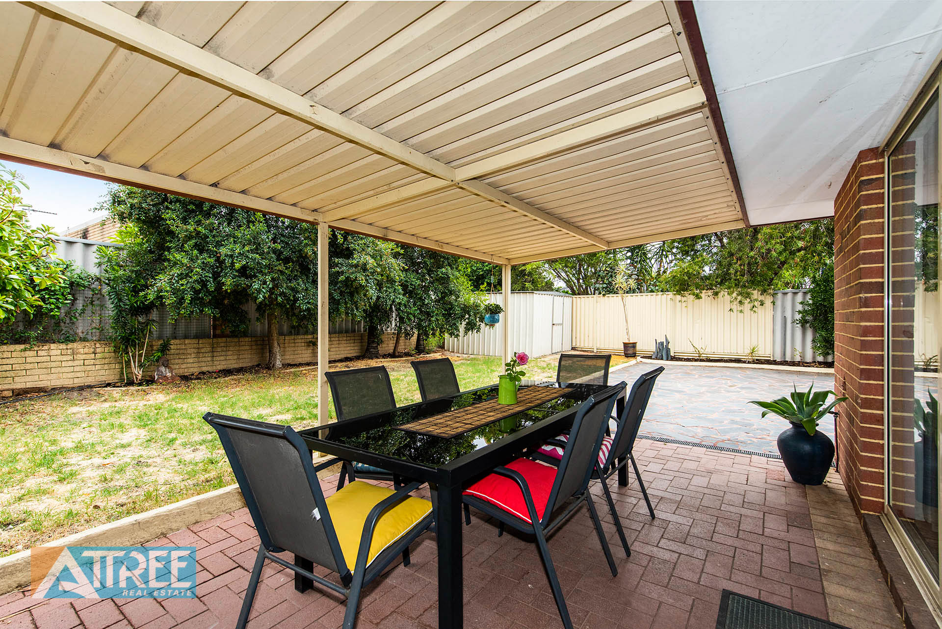 Property for sale in THORNLIE, 3 Exmouth Place : Attree Real Estate