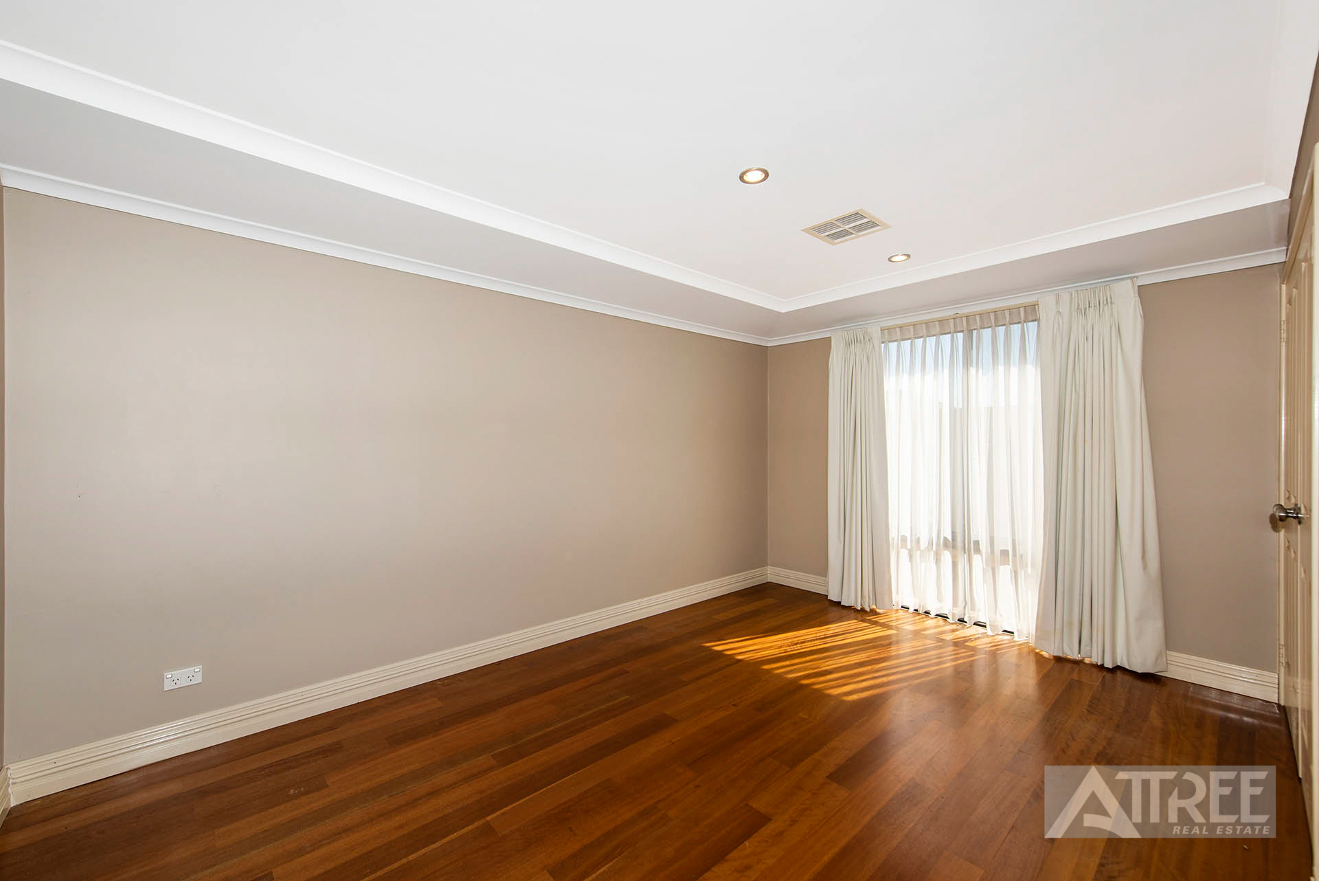 Property for sale in SOUTHERN RIVER, 102 Furley Road : Attree Real Estate