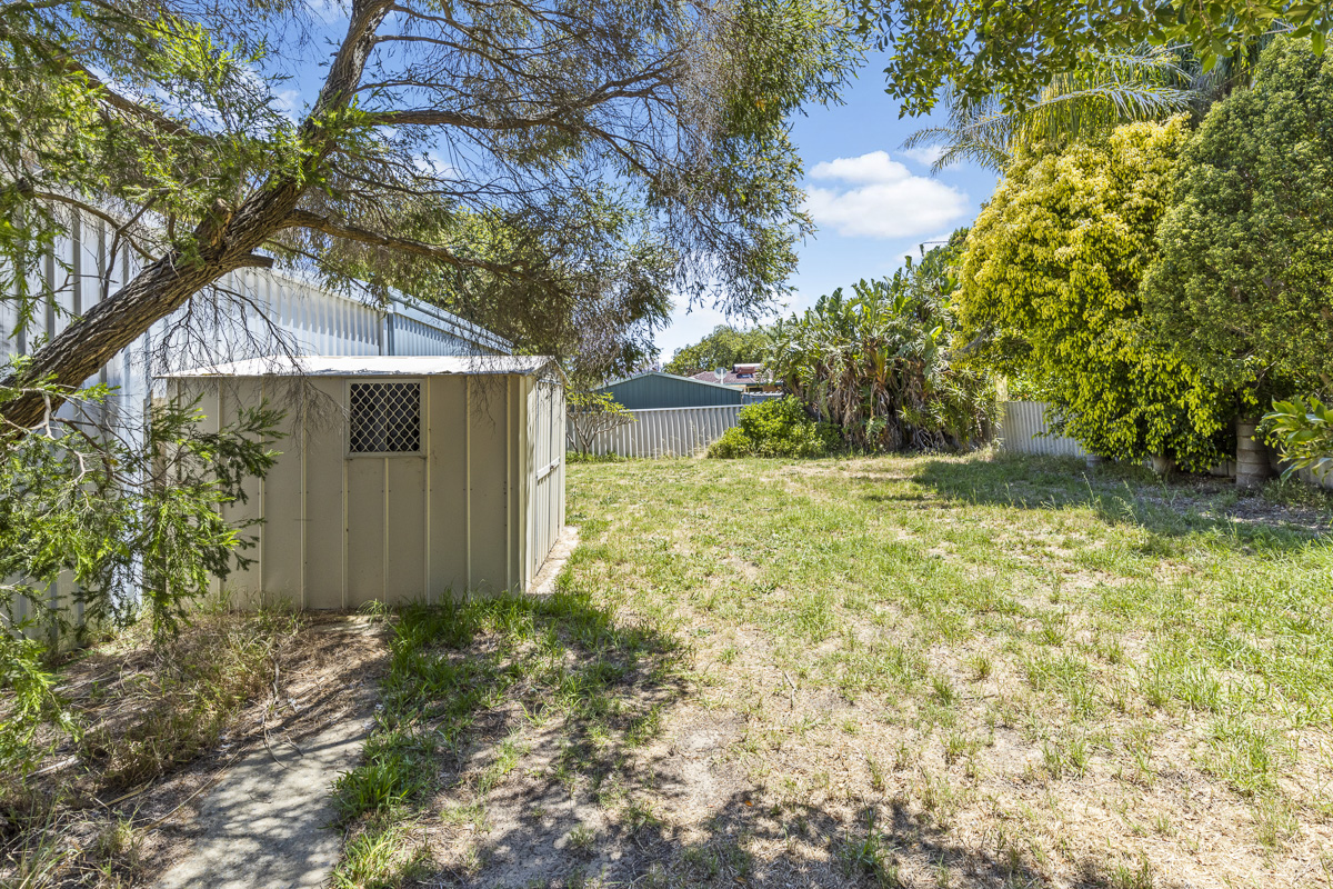 Property for sale in MADDINGTON, 14 Teak Way : Attree Real Estate