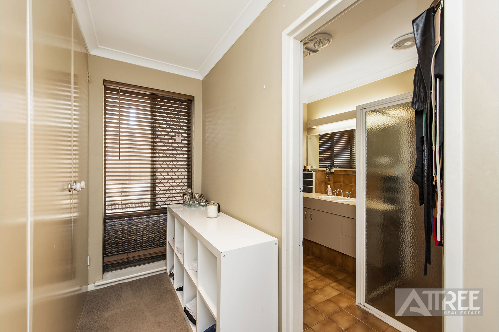 Property for sale in THORNLIE, 11 Merino Court : Attree Real Estate