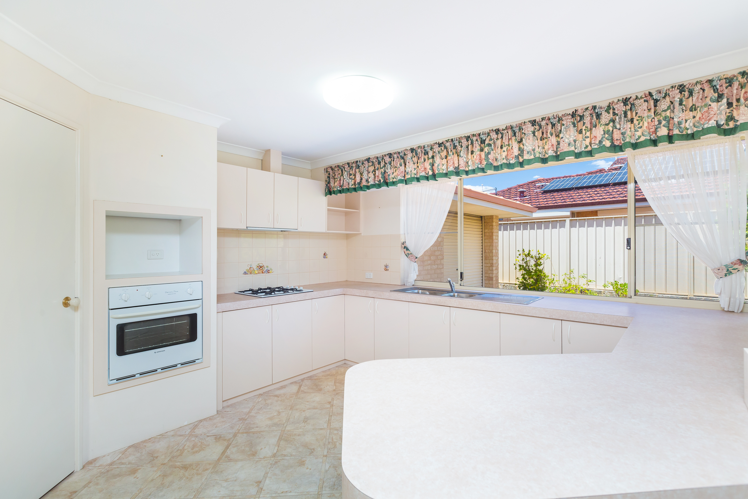 Property for sale in CANNING VALE, 16 Jilakin Loop : Attree Real Estate