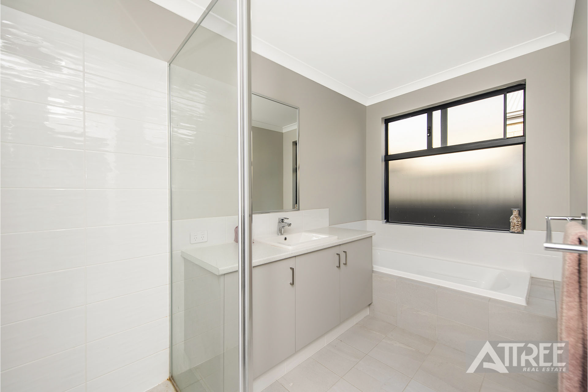 Property for sale in SOUTHERN RIVER, 12 Greenie Chase : Attree Real Estate