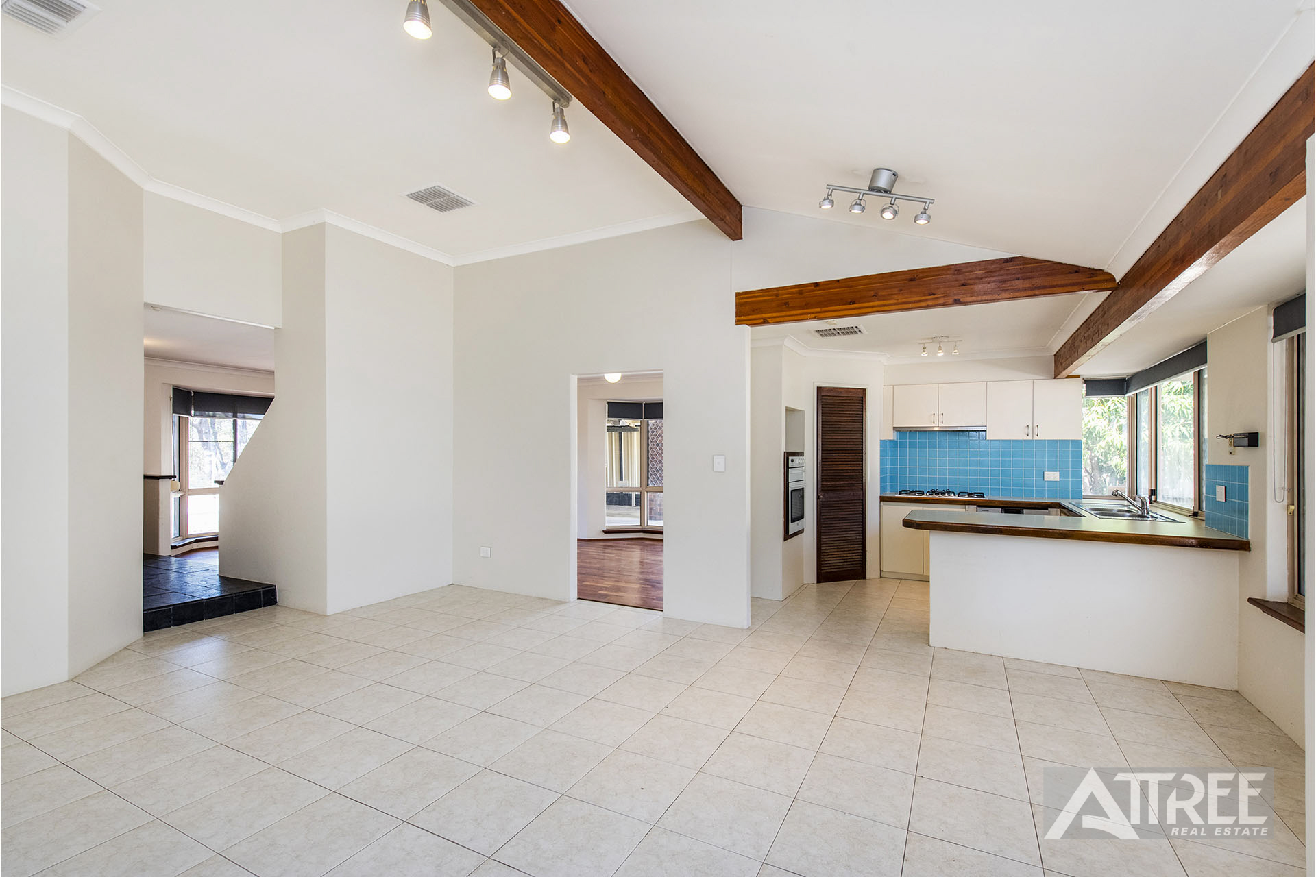 Property for sale in MIRRABOOKA, 16 Polyantha Gardens : Attree Real Estate