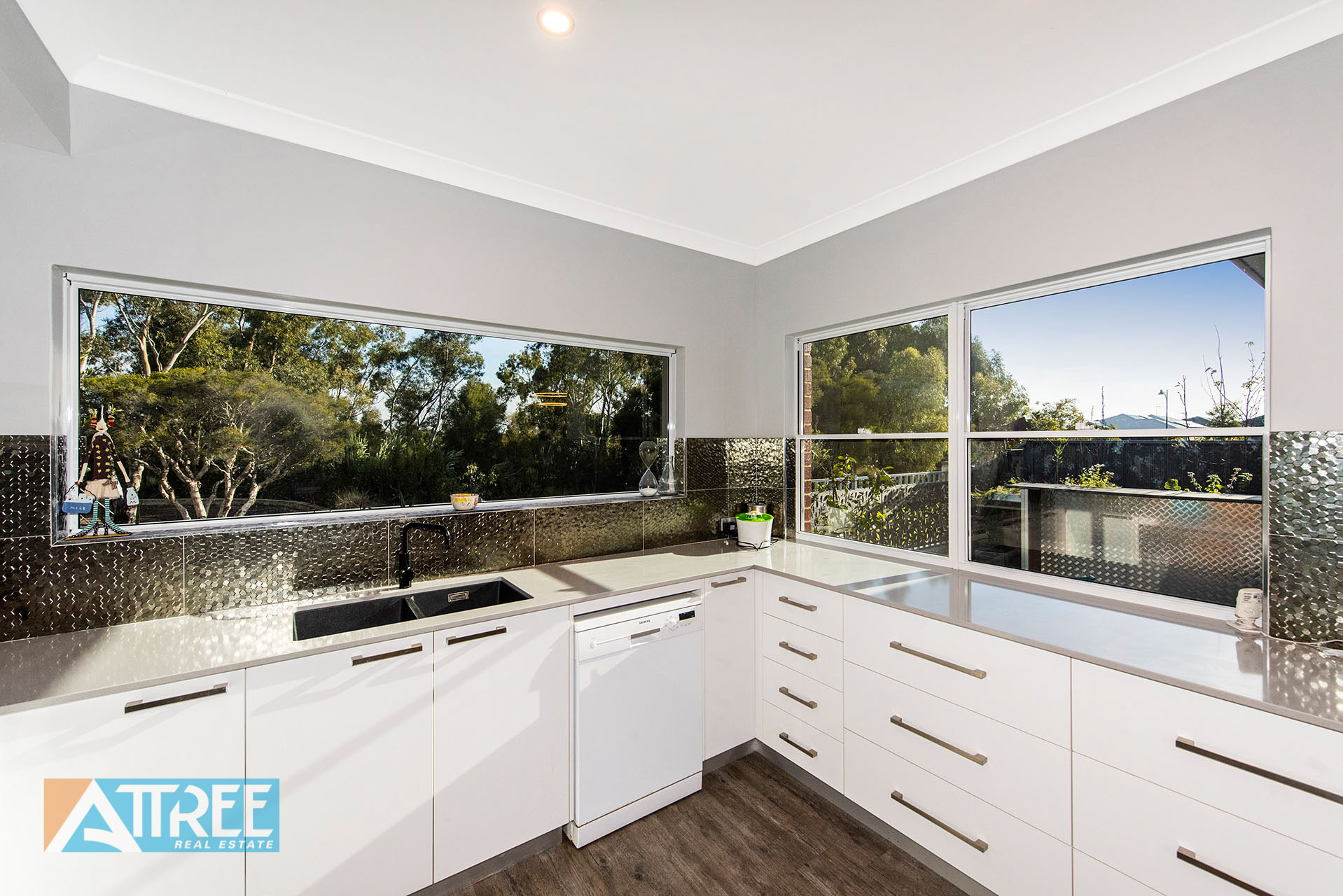 Property for sale in HARRISDALE, 9 Gleeson Way : Attree Real Estate