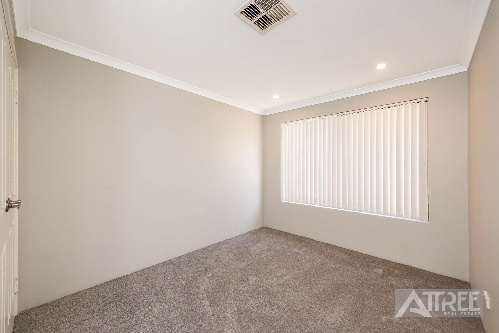 Property for sale in CANNING VALE, 7 Blarney Place : Attree Real Estate