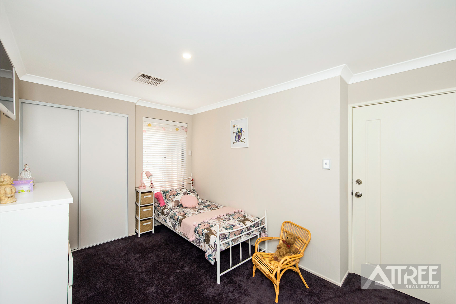 Property for sale in CANNING VALE, 54 Excelsior Drive : Attree Real Estate