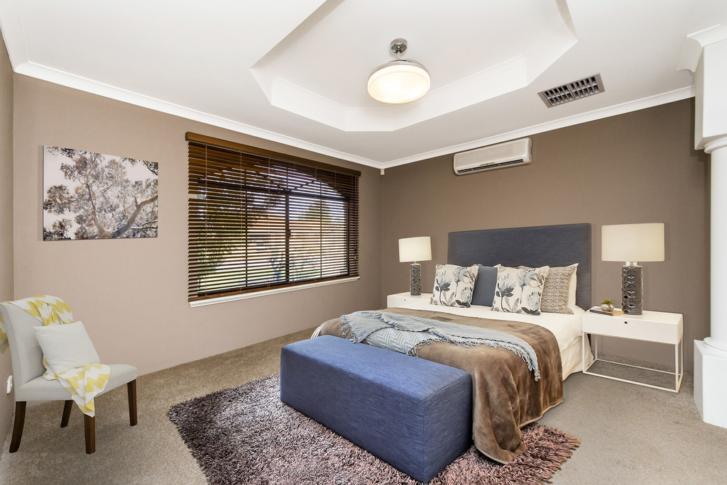 Property for sale in CANNING VALE, 166 Southacre Drive : Attree Real Estate