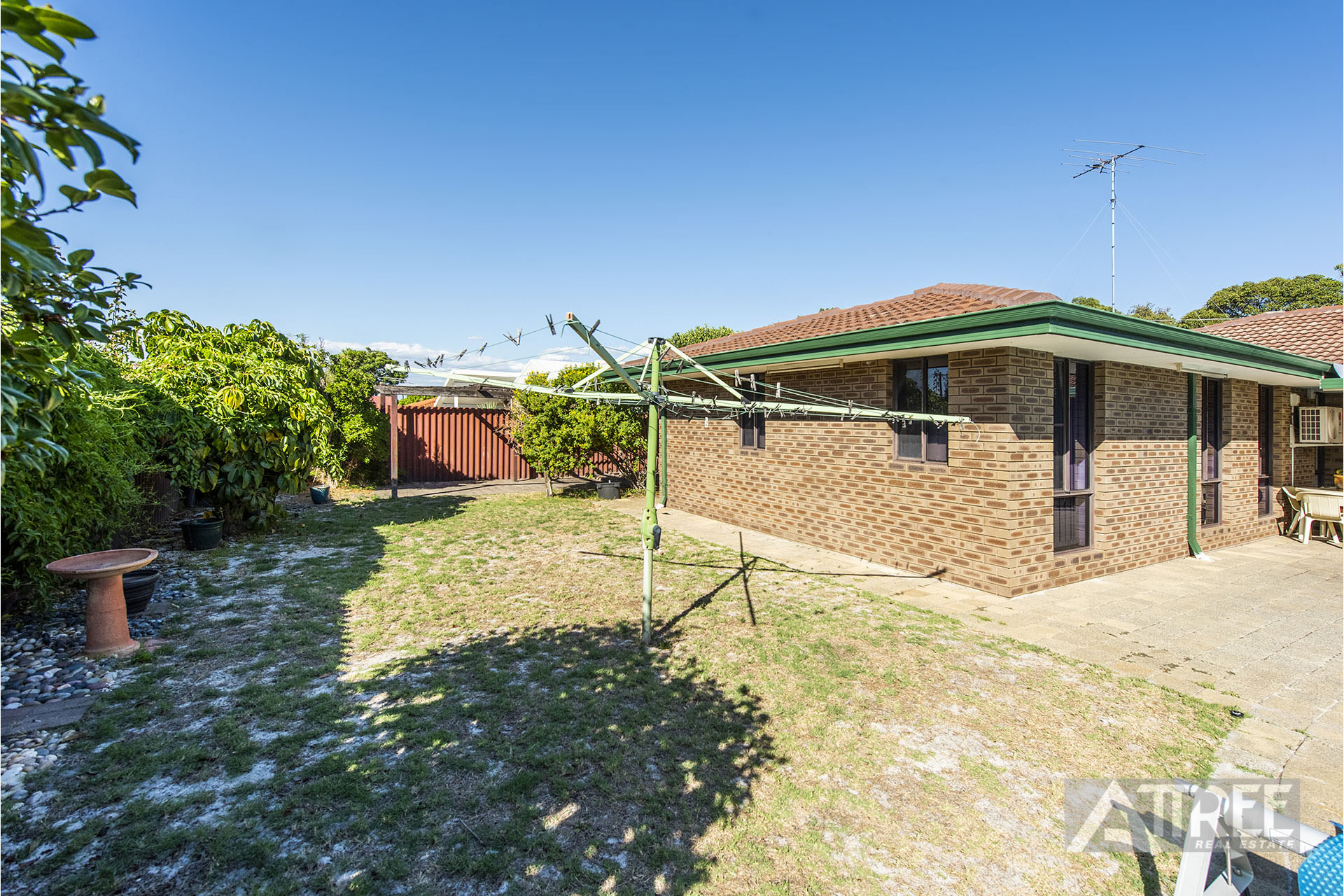 Property for sale in THORNLIE, 7 Daxter Street : Attree Real Estate