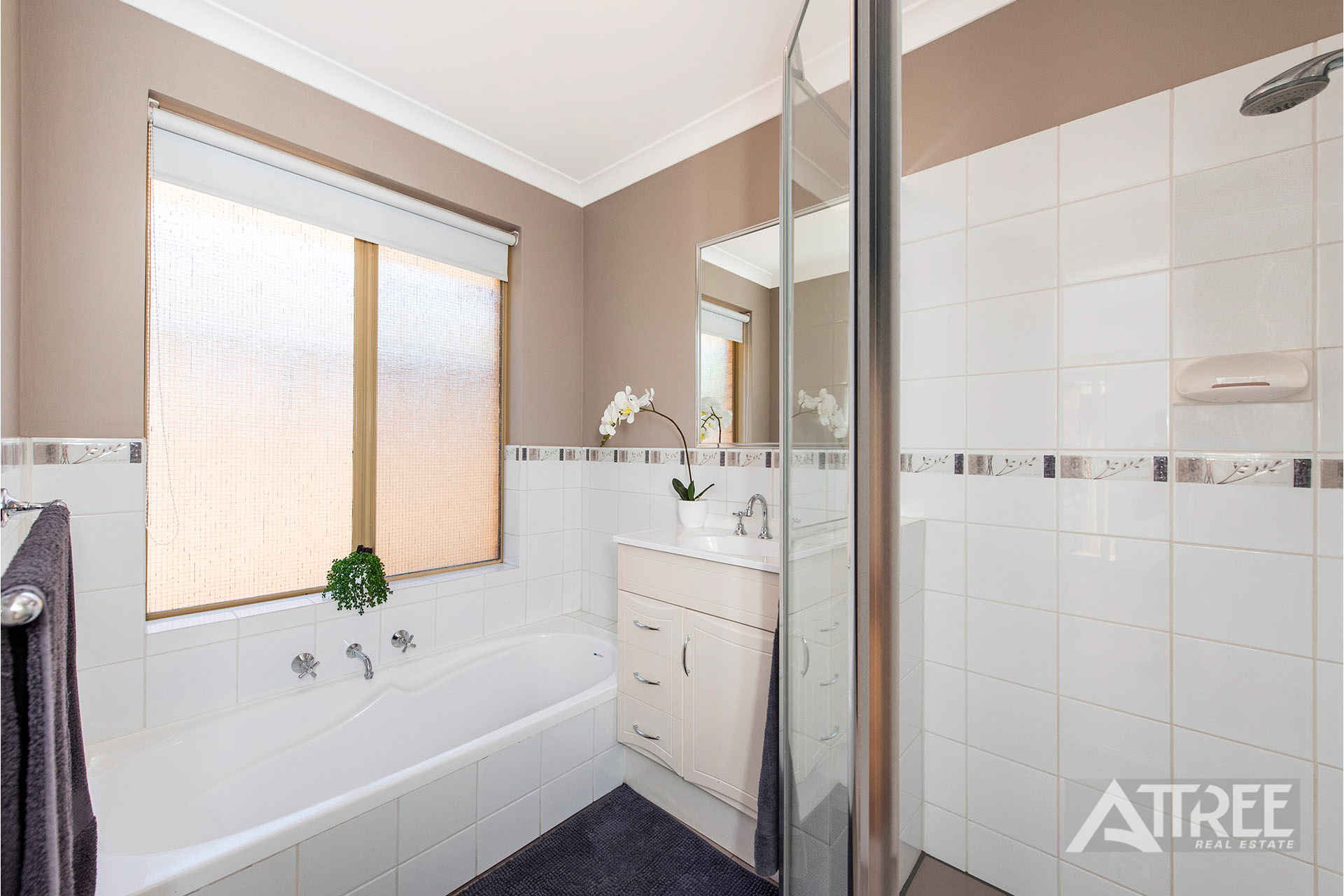 Property for sale in THORNLIE, 27 Brunswick Road : Attree Real Estate
