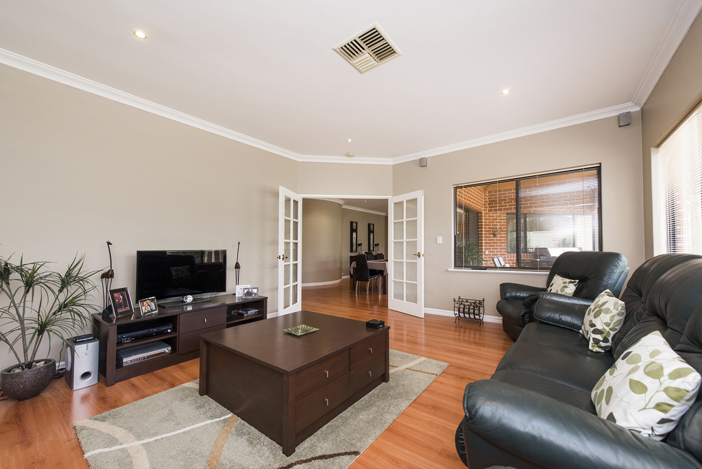 Property for sale in CANNING VALE, 7 Palatine Crescent : Attree Real Estate