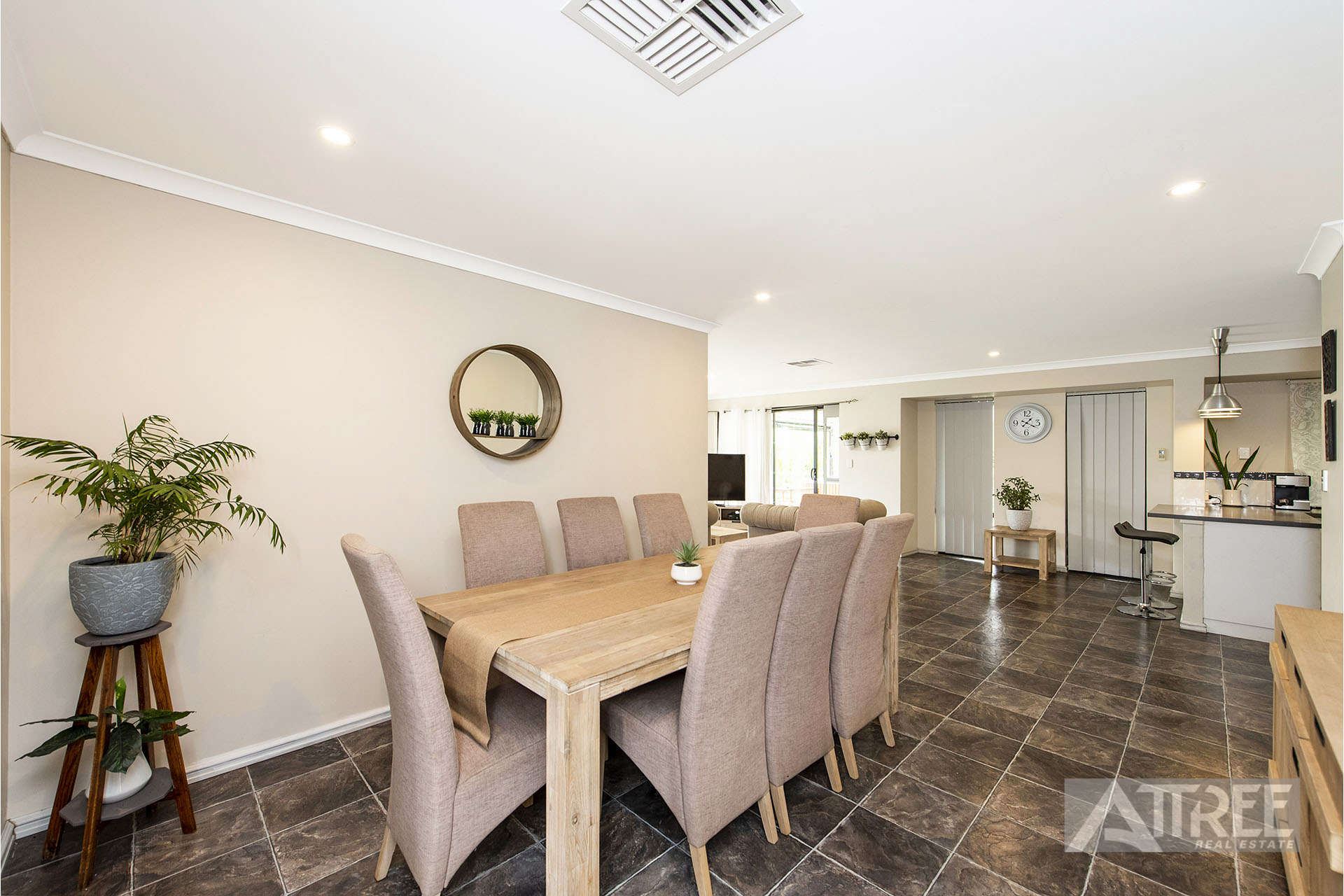 Property for sale in SOUTHERN RIVER, 201 Harpenden Street : Attree Real Estate