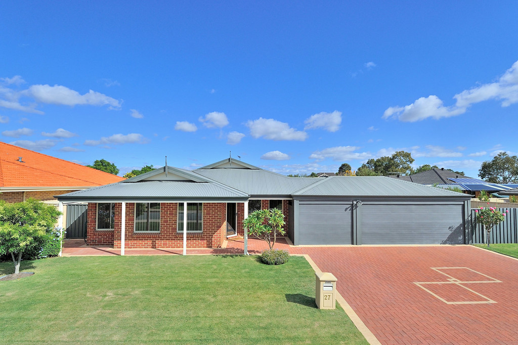 Property for sale in CANNING VALE, 27 Spinifex Way : Attree Real Estate