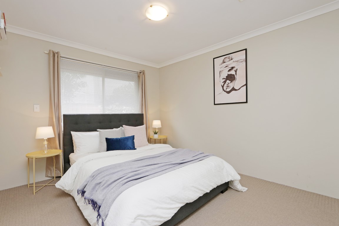 Property for sale in CANNING VALE, 14 Amos Loop : Attree Real Estate