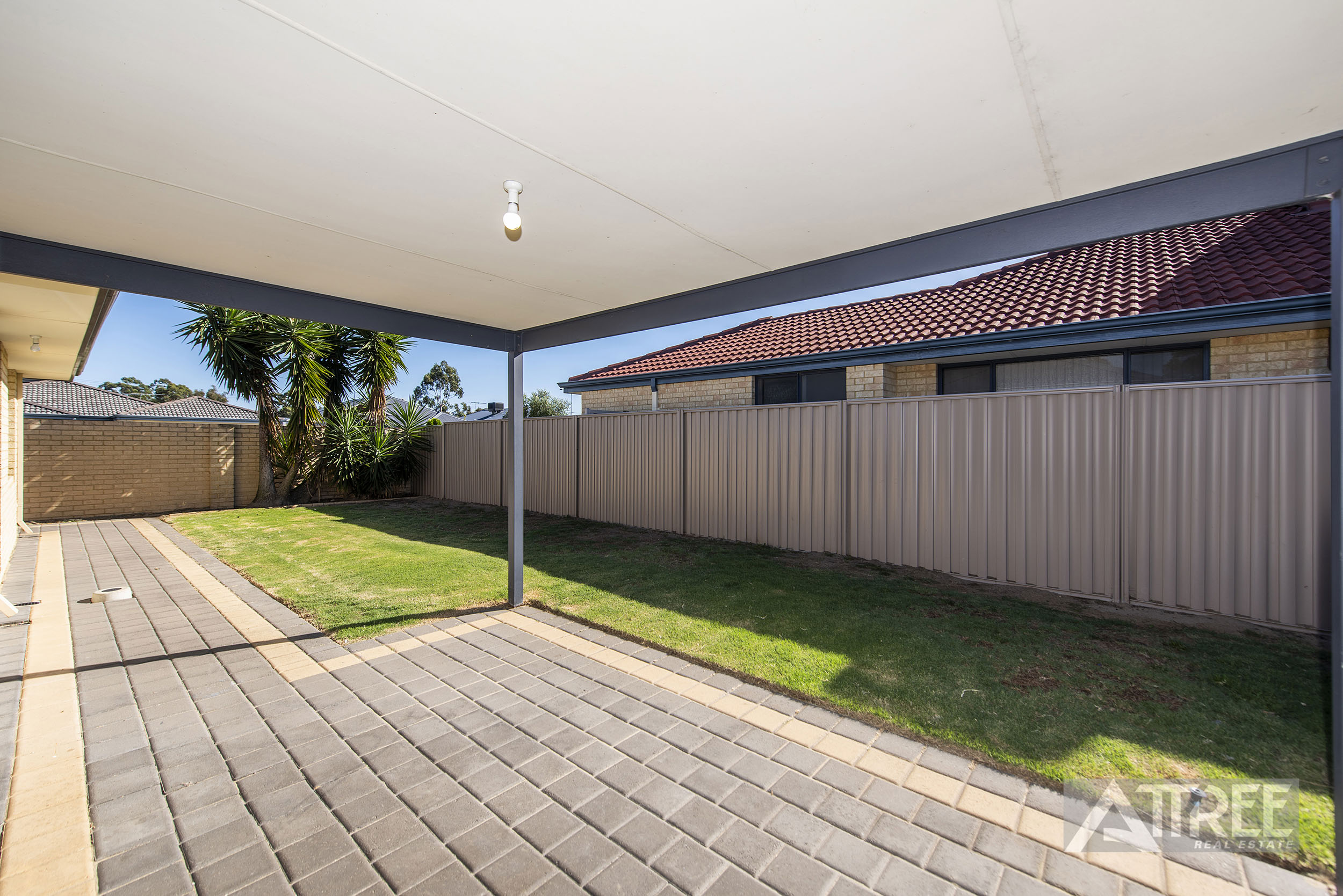 Property for sale in HARRISDALE, 7 Binnia Mews : Attree Real Estate