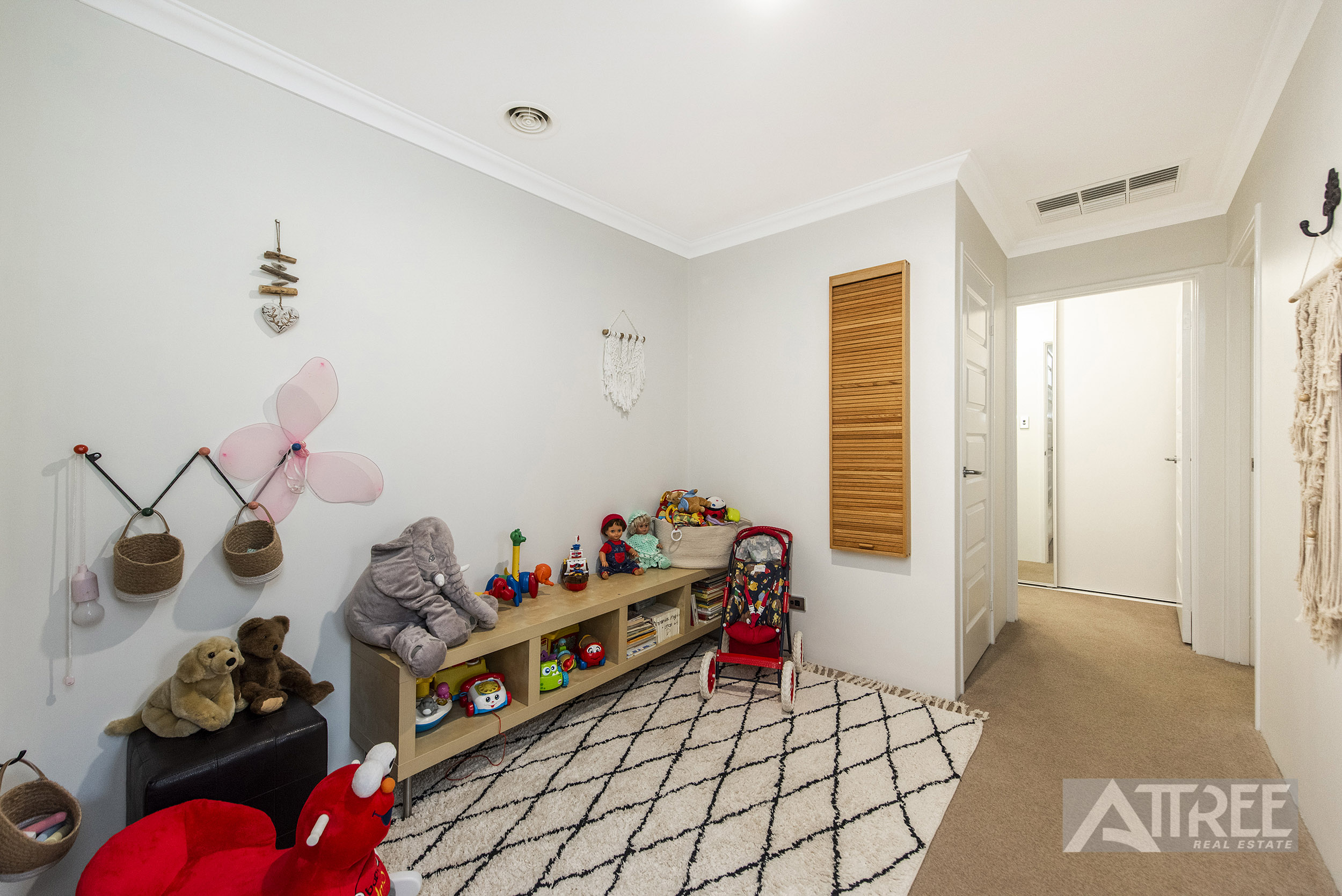 Property for sale in PIARA WATERS, 16 Birmingham Parade : Attree Real Estate