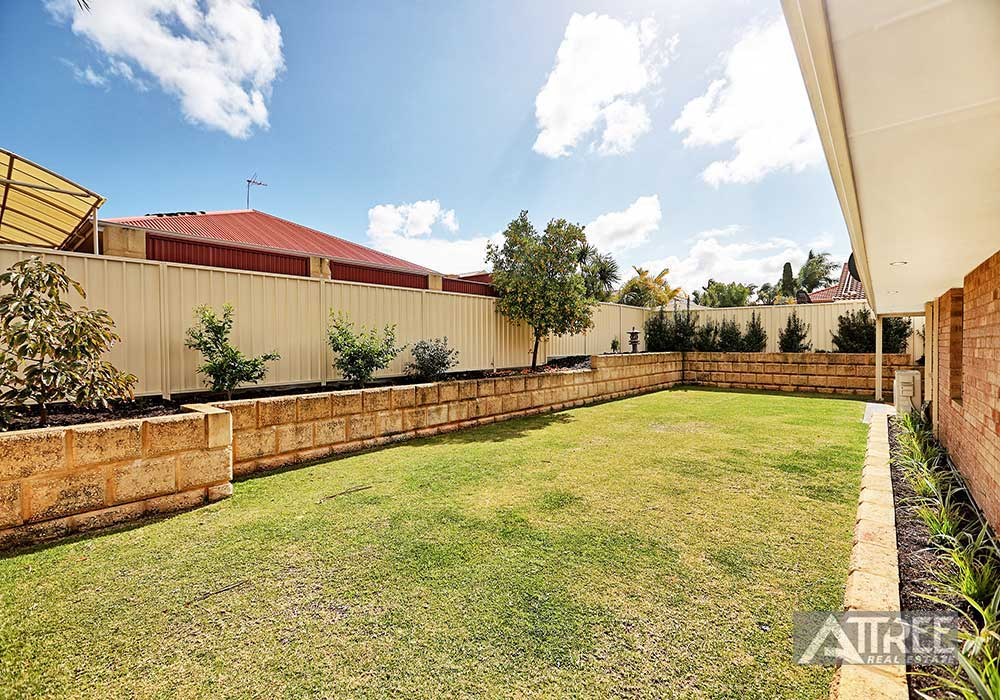 Property for sale in THORNLIE, 10 Consulate Court : Attree Real Estate