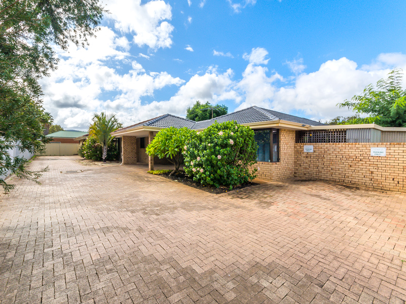 Property for rent in KELMSCOTT, 1/176 Cammillo Road : Attree Real Estate