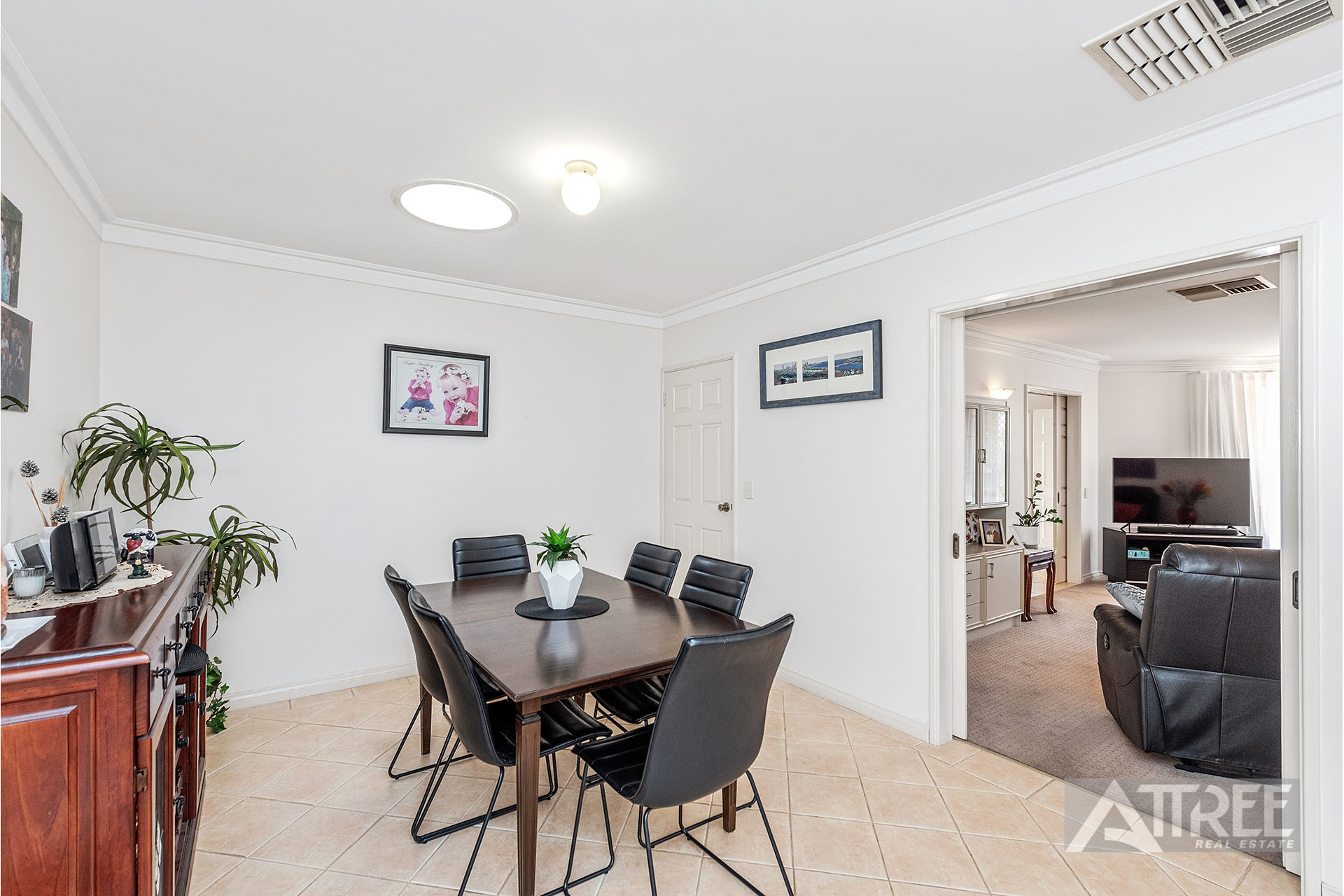 Property for sale in WILLETTON, 1/101 Portcullis Drive : Attree Real Estate