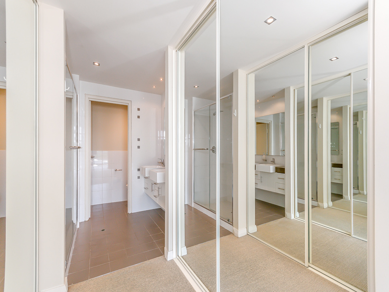 Property for rent in NORTH COOGEE, 2/52 Rollinson Road : Attree Real Estate