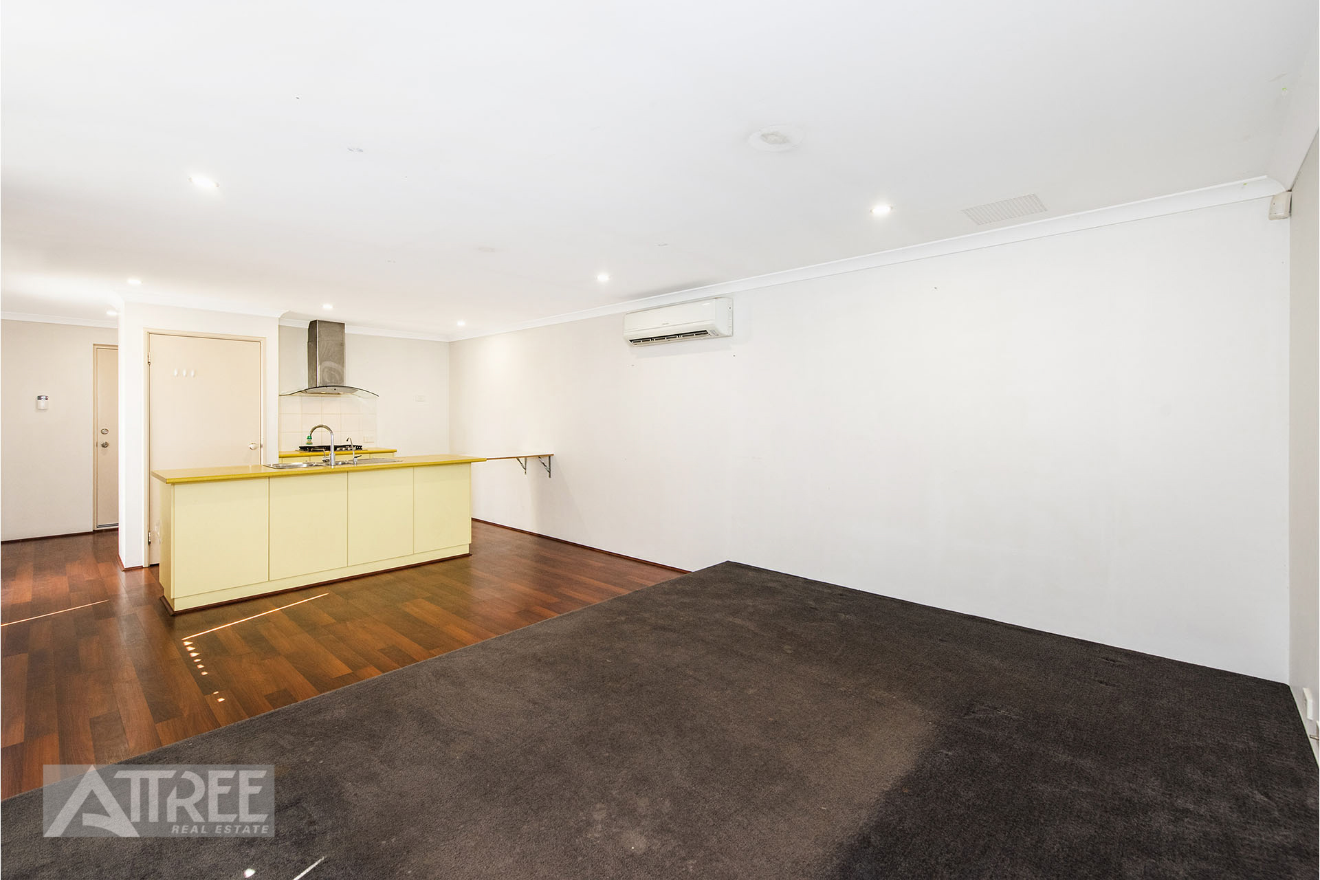 Property for sale in CANNING VALE, 14 Belgravia Place : Attree Real Estate
