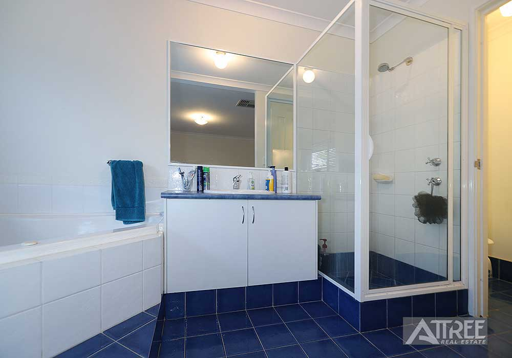 Property for rent in CANNING VALE, 48 Samuel Loop : Attree Real Estate