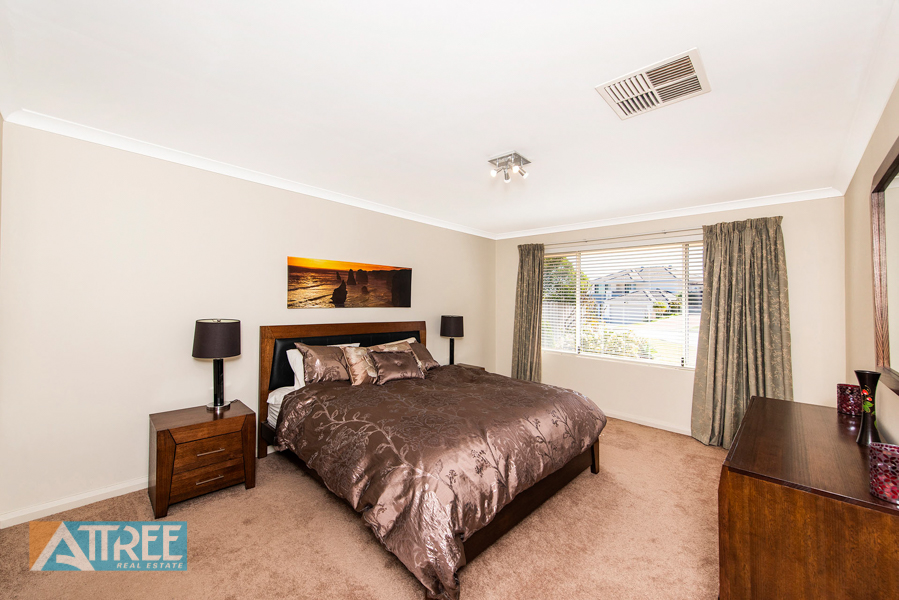 Property for sale in THORNLIE, 11 Hillview Place : Attree Real Estate