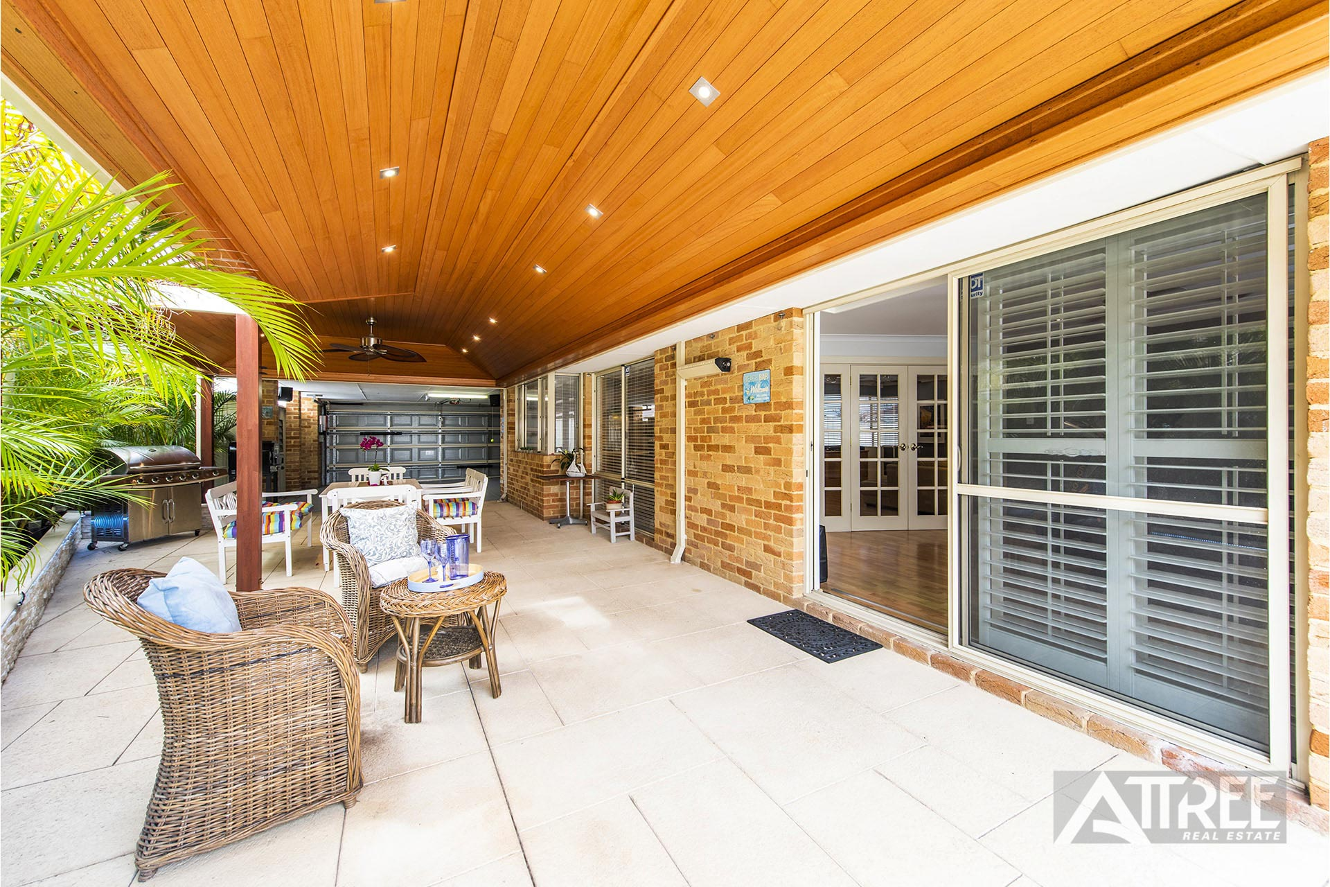 Property for sale in THORNLIE, 3 Lily Place : Attree Real Estate