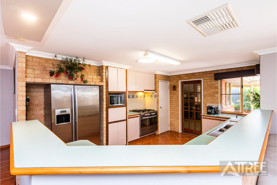 Property for sale in CANNING VALE, 3 Ambergate Close : Attree Real Estate