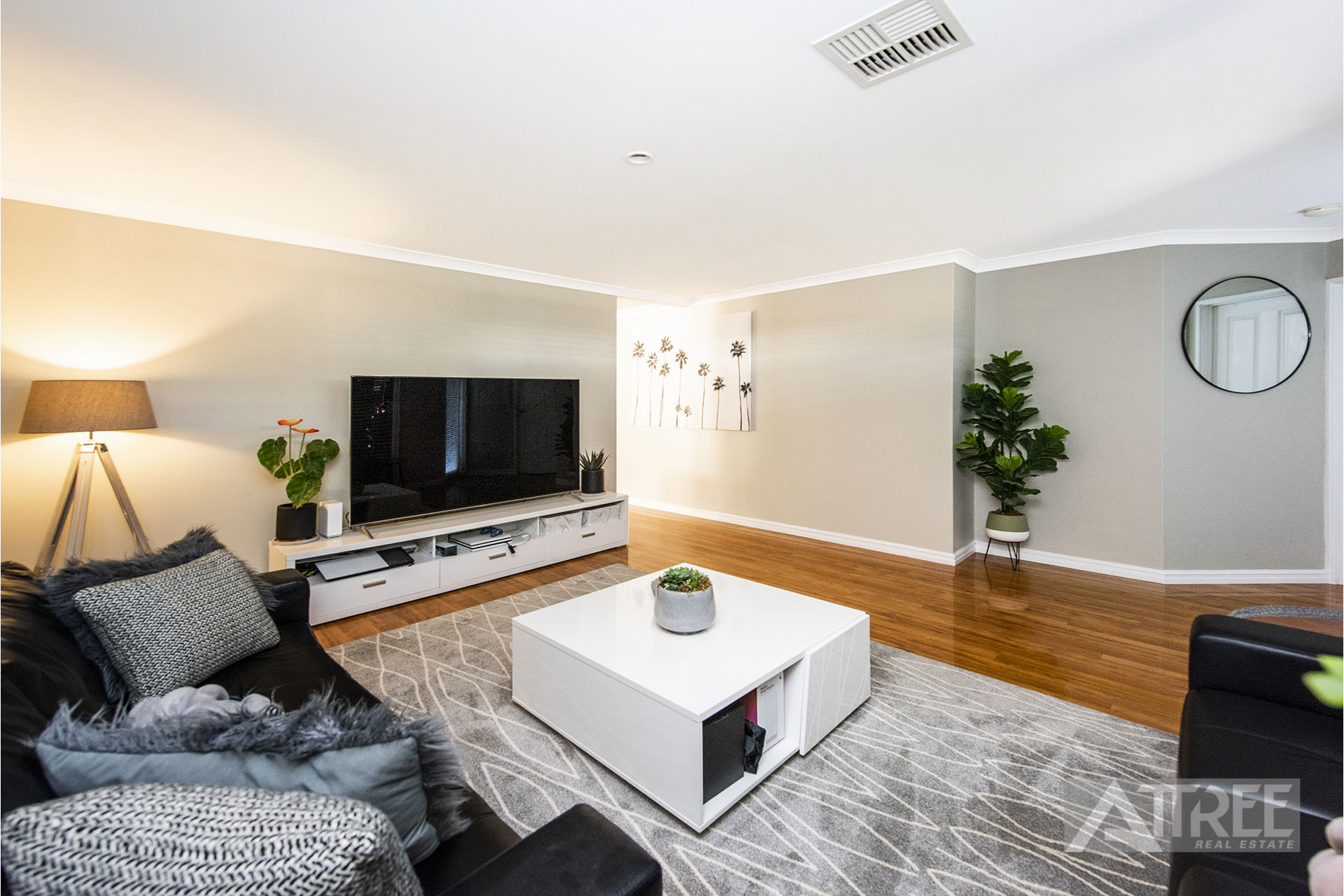 Property for sale in CANNING VALE, 117 Birnam Road : Attree Real Estate