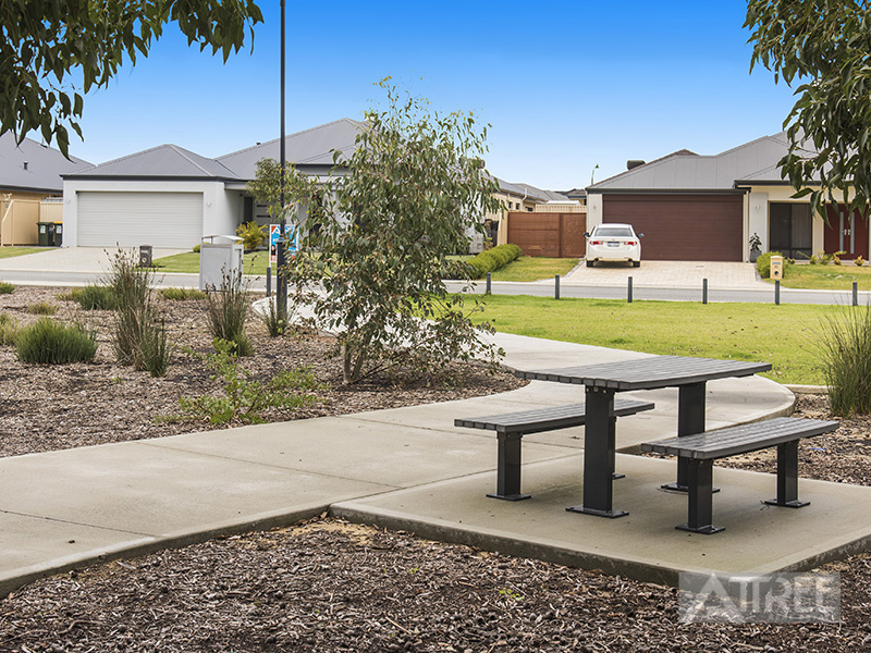 Property for sale in BYFORD, 62 Koolbardi Loop : Attree Real Estate