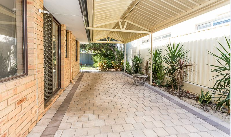 Property for sale in KELMSCOTT, 5/86 Westfield Road : Attree Real Estate