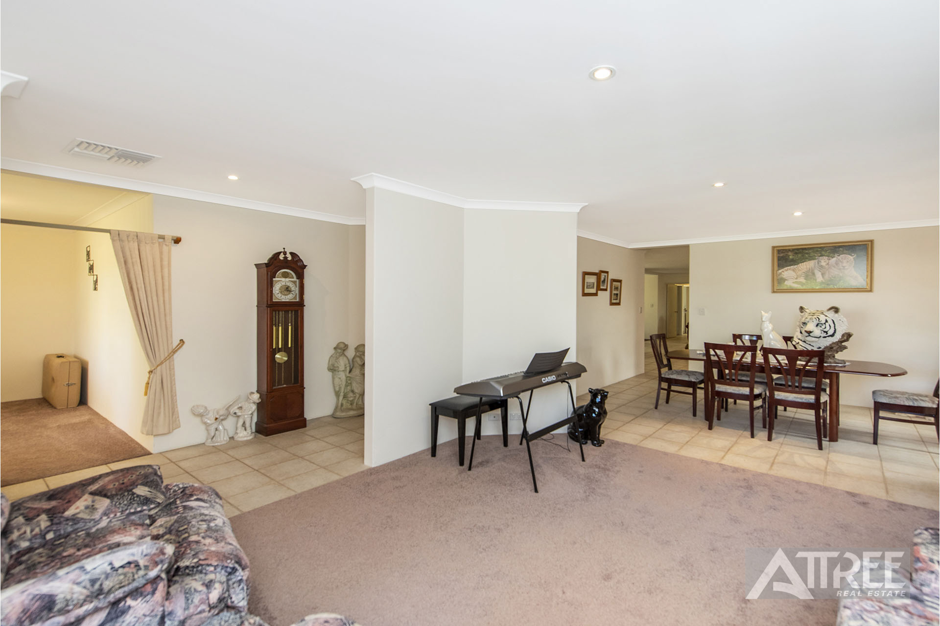 Property for sale in CANNING VALE, 4 Kanani Drive : Attree Real Estate