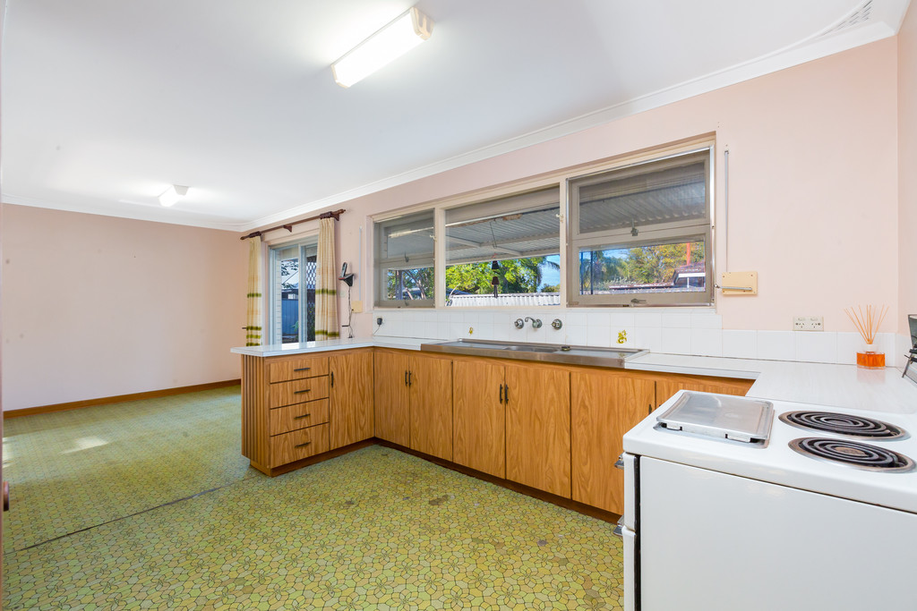 Property for sale in THORNLIE, 3 Lennox Road : Attree Real Estate