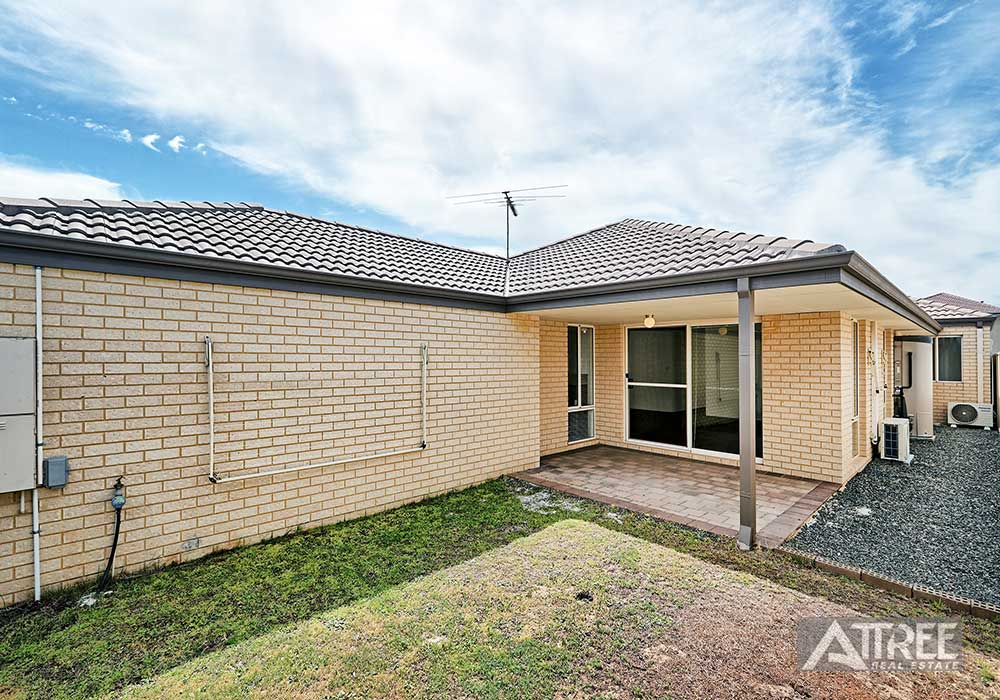 Property for rent in CANNING VALE, 11 Glenariff Blvd : Attree Real Estate
