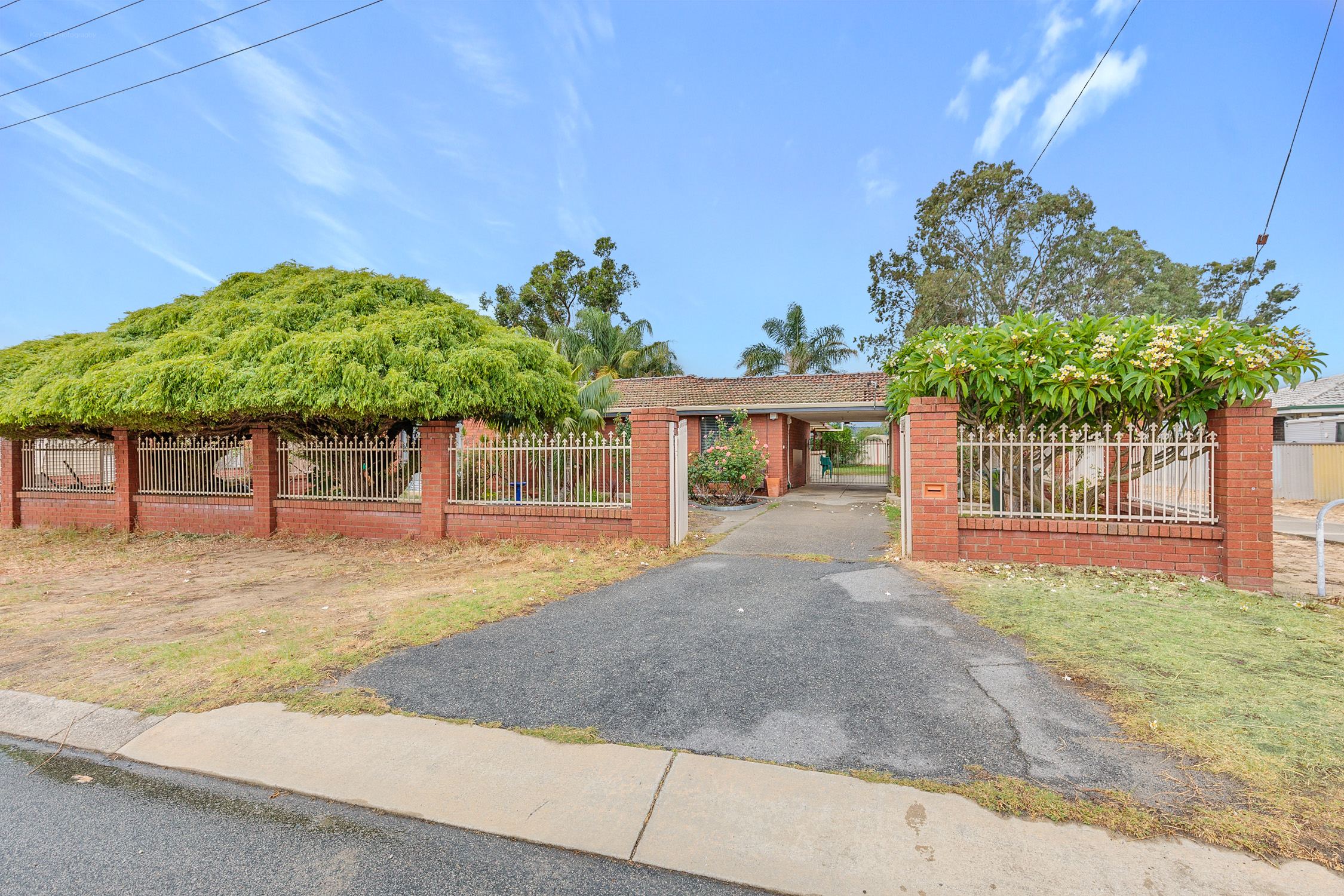 Property for sale in ARMADALE, 11 Walcha Way : Attree Real Estate