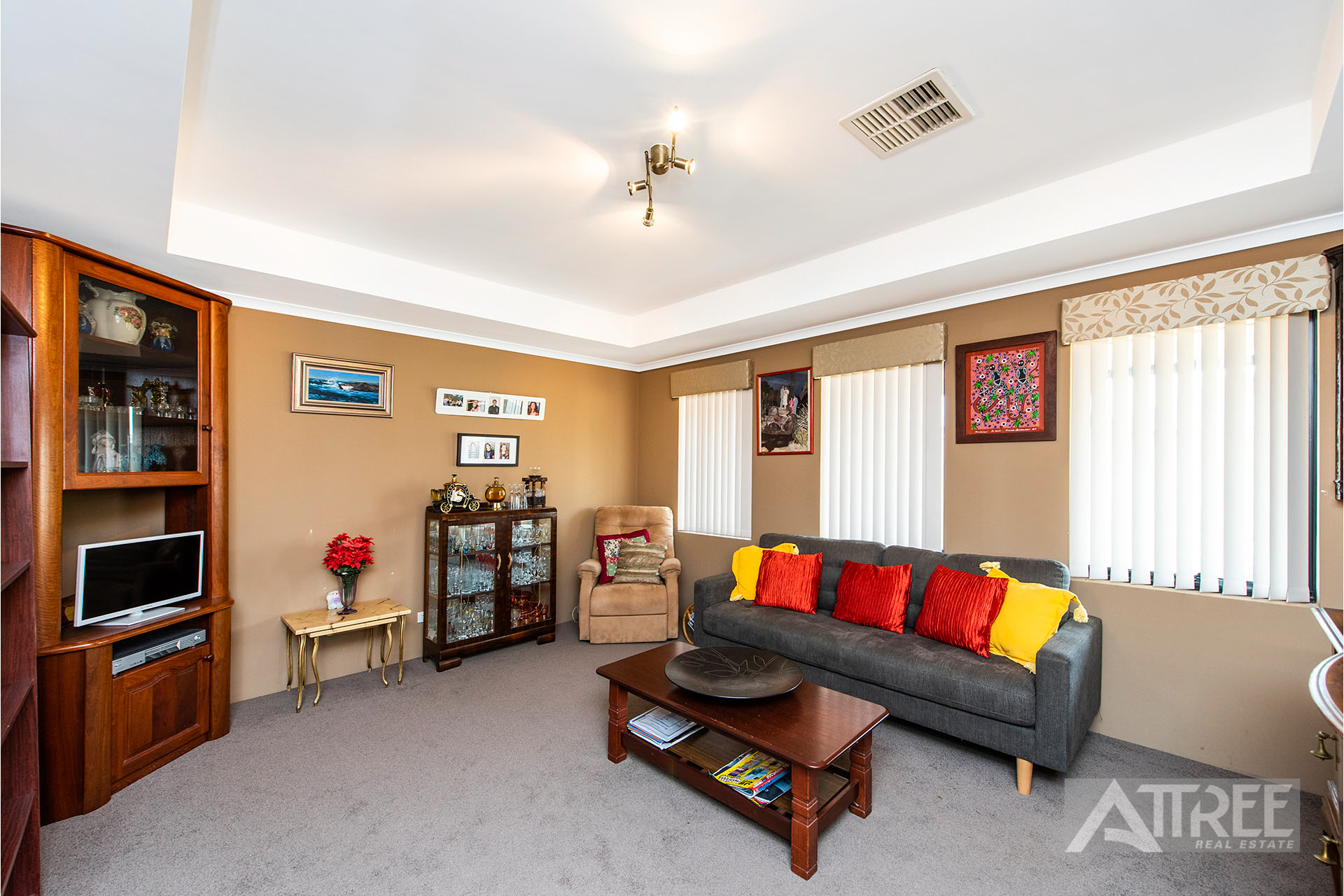 Property for sale in ATWELL, 19 Patchouli Circle : Attree Real Estate