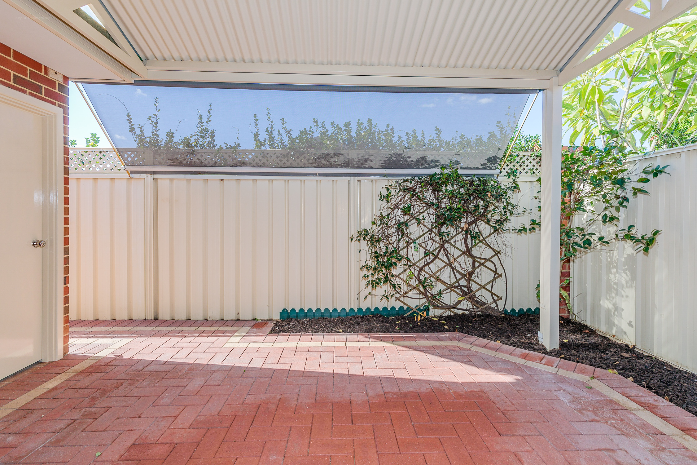 Property for sale in THORNLIE, 97 / 41 Geographe Way : Attree Real Estate