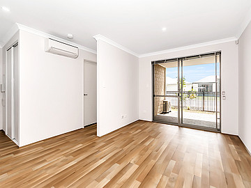 Property for rent in SUCCESS, 12/2 Delaronde Drive : Attree Real Estate