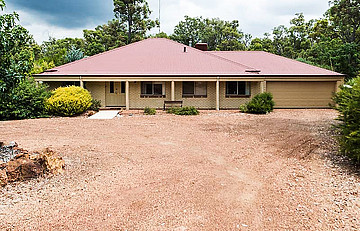 Property for sale in JARRAHDALE, 12 Coral Vine Loop : Attree Real Estate