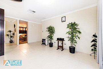 Property for sale in PIARA WATERS, 8 Frost Bend : Attree Real Estate