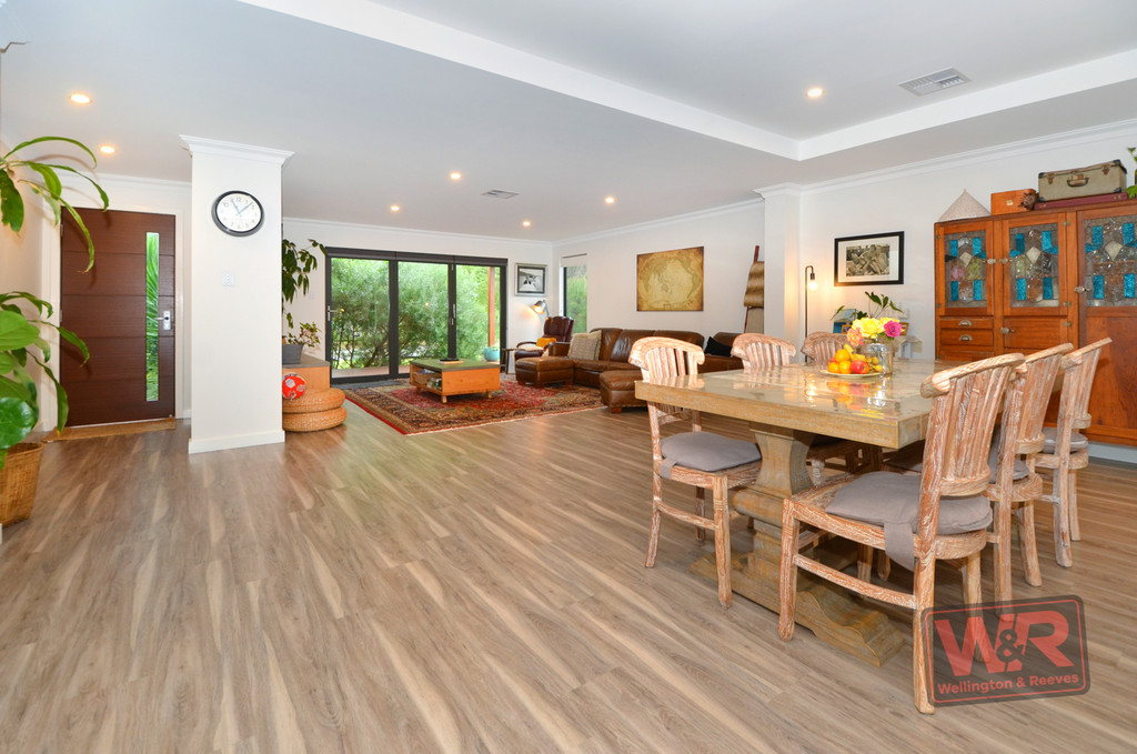 Property ressale in EMU POINT